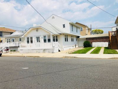 Photo for 6BR Ventnor Oasis, Walking distance to Beaches!
