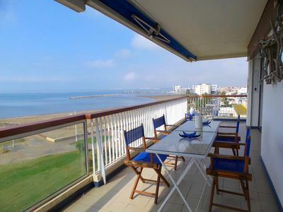 Photo for 75M2 APARTMENT ON THE BEACH Grau du Roi WITH VIEWS OF THE SEA