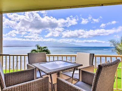 Photo for Amazing Oceanfront Maalaea Condo w/Pool, Mtn Views
