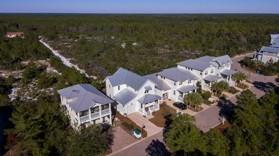 Photo for Lux Blue Mtn Beach Home | Resort Pool | Bikes | Close to Beach | On State Park