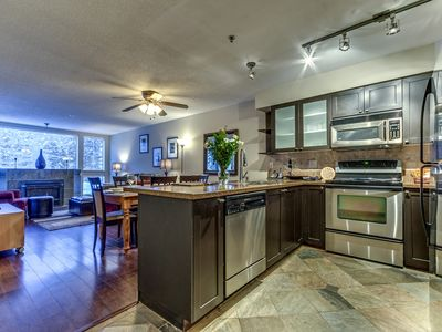 Acer Vacations - Clean | Greystone Lodge Large 2 Bedroom Sleeps 8  Ski-In Ski-Out