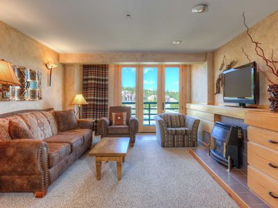 Photo for Big Sky Shoshone HIGH FLOOR Condo - Gateway to Yellowstone and Summer Activities