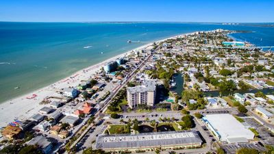 Photo for ELEGANT UNIT FOR 4, POOL, 1 MILE TO THE BEACH