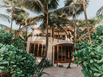 Casa de las Palmas - Stunning House on Tulum Beach!