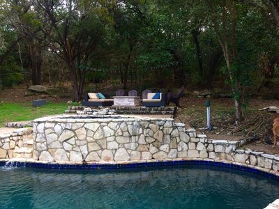 Photo for 2 acre park setting with pool and spa, near everything!!!