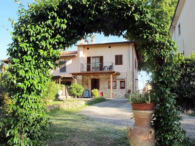 Photo for Apartment in Certaldo (FI), Florence and surroundings - 4 persons, 2 bedrooms