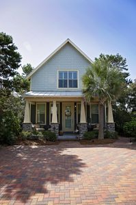 Photo for Beautiful Beach Cottage near Gulf Place and Spectacular Beaches of 30A