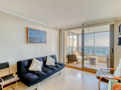 Photo for Moderno departamento frente al mar, con piscina - Modern front sea apt w/ pool