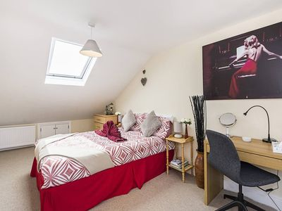 Photo for Greyhound , Five bedroom home by River Thames
