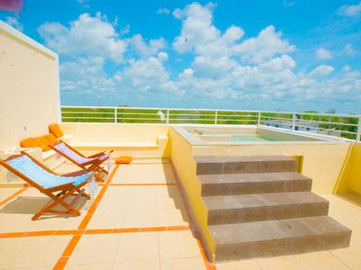 3 Bedrooms with huge roof deck overlooking the jungle 5 minutes from the beac