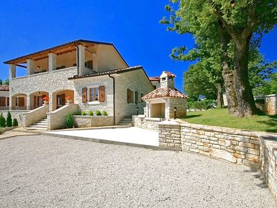 Photo for Comfortable villa, private swimming pool, whirlpool, fenced garden, sun beds, terrace