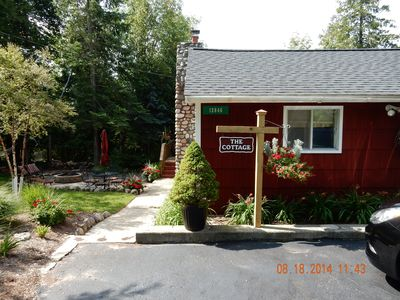 Photo for Charming Cottage With Beautiful Views Of Lake Charlevoix