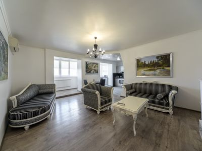 Gorgeous & specious 2 bedroom apartment in top location