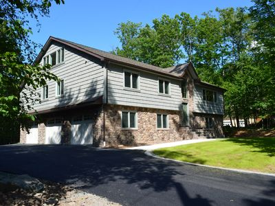 Photo for Spacious open layout, fully furnished for comfort. New home and very private