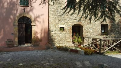 Photo for Villa for 6 people with garden in Farmhouse between Perugia and Gubbio