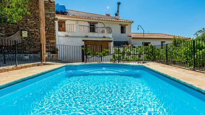 Photo for 8-people holiday home with WiFi and air-con - pets allowed