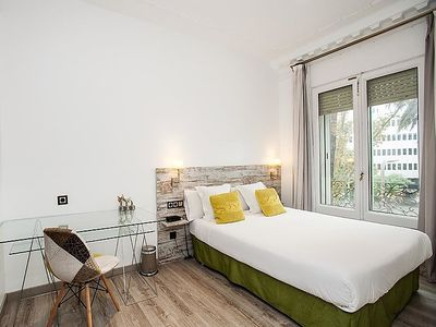 Photo for Apartment Piña in Barcelona - 4 persons, 1 bedrooms