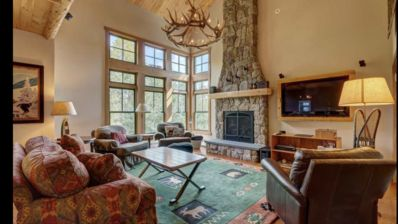 Photo for Beautiful Treetop Condo on Stratton Mountain with ski back and private hot tub