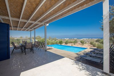 Villa Electra, Stunning 4 Bedroom Protaras Villa with private pool and sea views