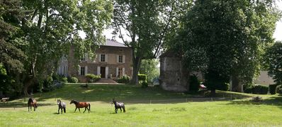Photo for AT LITTLE HAPPINESS, FOLLOWING THE CHATEAU, COMFORT, COUPLE OR FAMILY