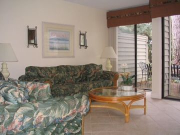 Relax in Style: Golf View - Beach - *VIDEO TOUR*  May Wks Available