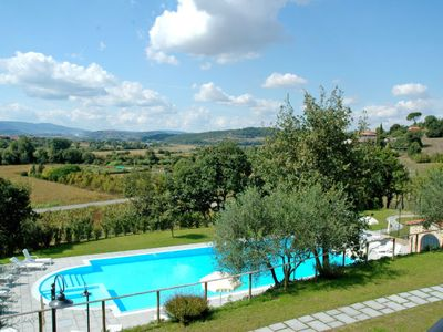 Photo for Vacation home Hillside pretty Home in Città della Pieve - 8 persons, 3 bedrooms