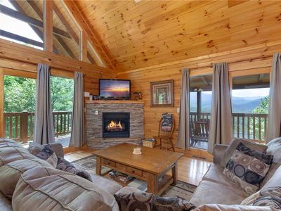 Photo for Enchanted View Lodge, 3 Bedrooms, Sleeps 10, Pool Access, Mountain View