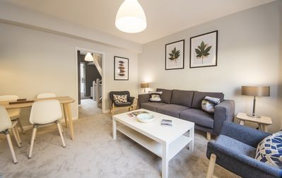 Photo for Contemporary Two Bed, One Bath Apartment in the heart of South Kensington