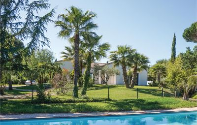 Photo for 5 bedroom accommodation in Beziers