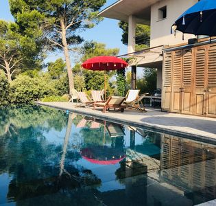 Photo for Contemporary house, infinity pool, panoramic view, 6 people!