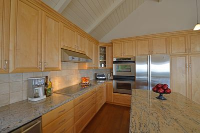 Kitchen with Stainless Steel Appliances, Viking Cooktop