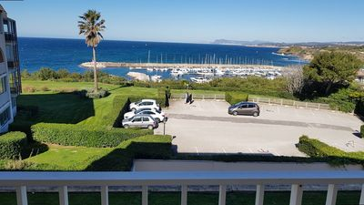 Photo for T2 cabin sea view and port with swimming pool in the field of La Coudoulière