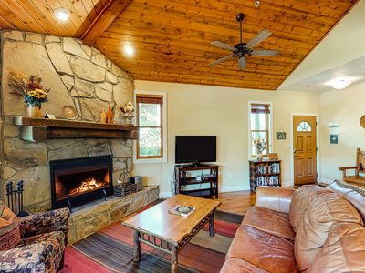 Photo for NEWLY RENOVATED Home for 11 w/private hot tub; mountain views & fireplace