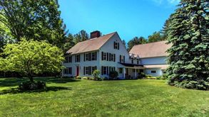 Photo for 6BR House Vacation Rental in Rollinsford, New Hampshire