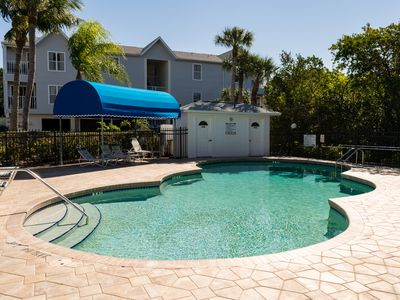 Cove at Sandy Point 210 With Pool