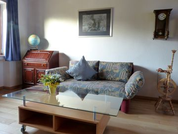 to 2 pers. on 75 square meters, Non smoking without pets, private atmosphere with style