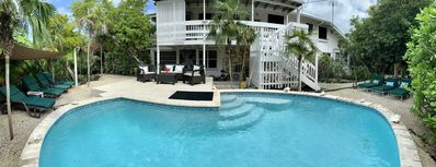 Ground Floor Private Entrance Suite(2b/1b)sleep 5, with pool,150 steps to beach