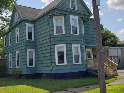 3 bdrm Syracuse University living & shopping.