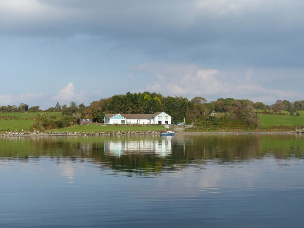 Bay House,Durrus, Bantry, Cork: Waterfront Home on Stunning \