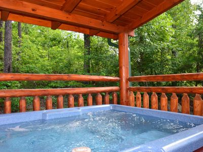 Photo for Kozy Lodge w/Pool Table, WiFi, Hot Tub, Resort Pool, 5 miles to main Parkway **FREE TICKETS