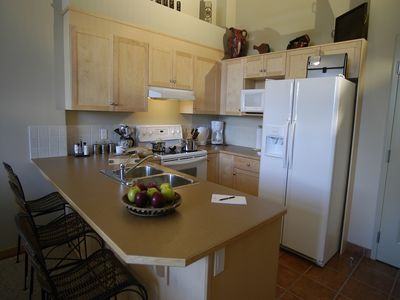 Full kitchen with dishwasher and underfloor heating.