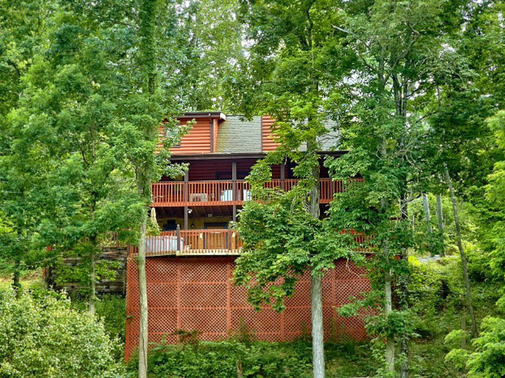 homes in sevierville tn with Ha 796730 on 234257618091532071 moreover Stay Within Walking Distance Downtown Gatlinburg also Albuquerque New Mexico additionally Douglas lake furthermore Watch.