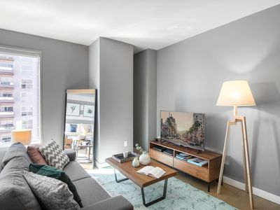 Photo for 6min drive from Arts District, Pool, Studio by blueground (15)