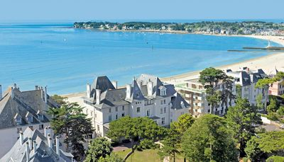 Photo for Studio La Baule - 30 m from the beach - Quiet