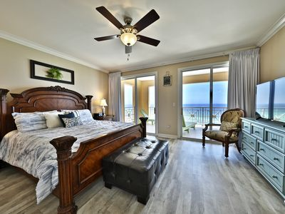 Photo for 4 BR En Soleil Directly on Gulf, Beautiful unit on the 11th floor!!