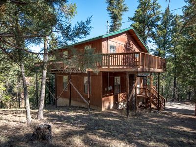 Photo for 2/2 CABIN IS THE WOODS, HOT TUB, SECLUSION, VERY QUIET, 1100 FT