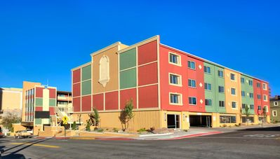 Photo for Legacy Vacation Club: Reno - 1 BR Unit - SUNDAY Check In