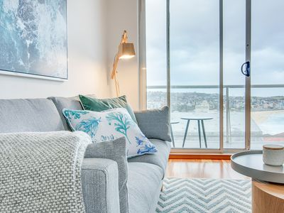 Photo for Sun-drenched and stylish pad with beach views