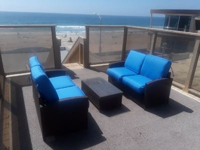 Photo for Cute 2nd floor apartment - private balcony and rooftop deck, near beach