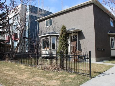 Photo for Comfortable Townhome in Calgary's Trendy Marda Loop